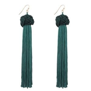 Jewelry - Green tassel knot dangle statement earring